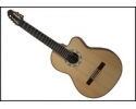 Natural wood classic guitar 7/8 size ages 8-11